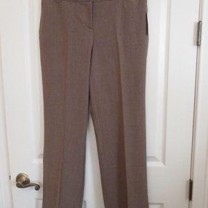 NWT - DANA BUCHMAN Taupe Curvy trousers - sz 8P